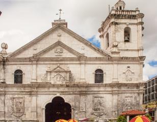 Basilica-del-Santo-Niño-01
