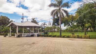 Plaza-de-Independencia-National-Park-01