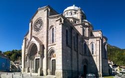 Santuario-Della-Madonna-Del-Sangue-02