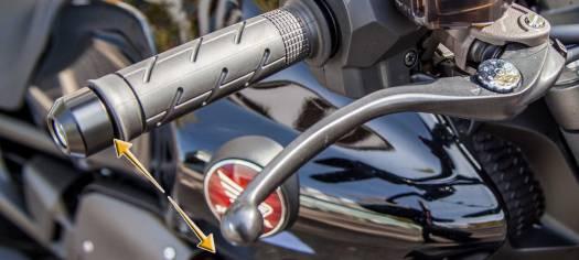 Bremshebel und Kupplungshebel Weite einstellen