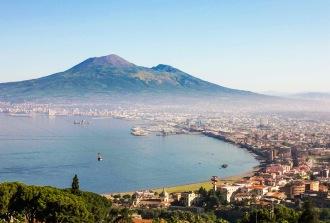 Golf-von-Neapel---Vesuv